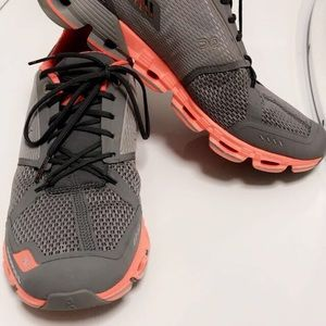 Shoes - ON Cloudflyer Running Sneakers